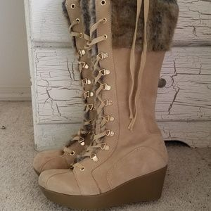 Report Boots 8 Tall Fur Leather Upper Tan Wedge